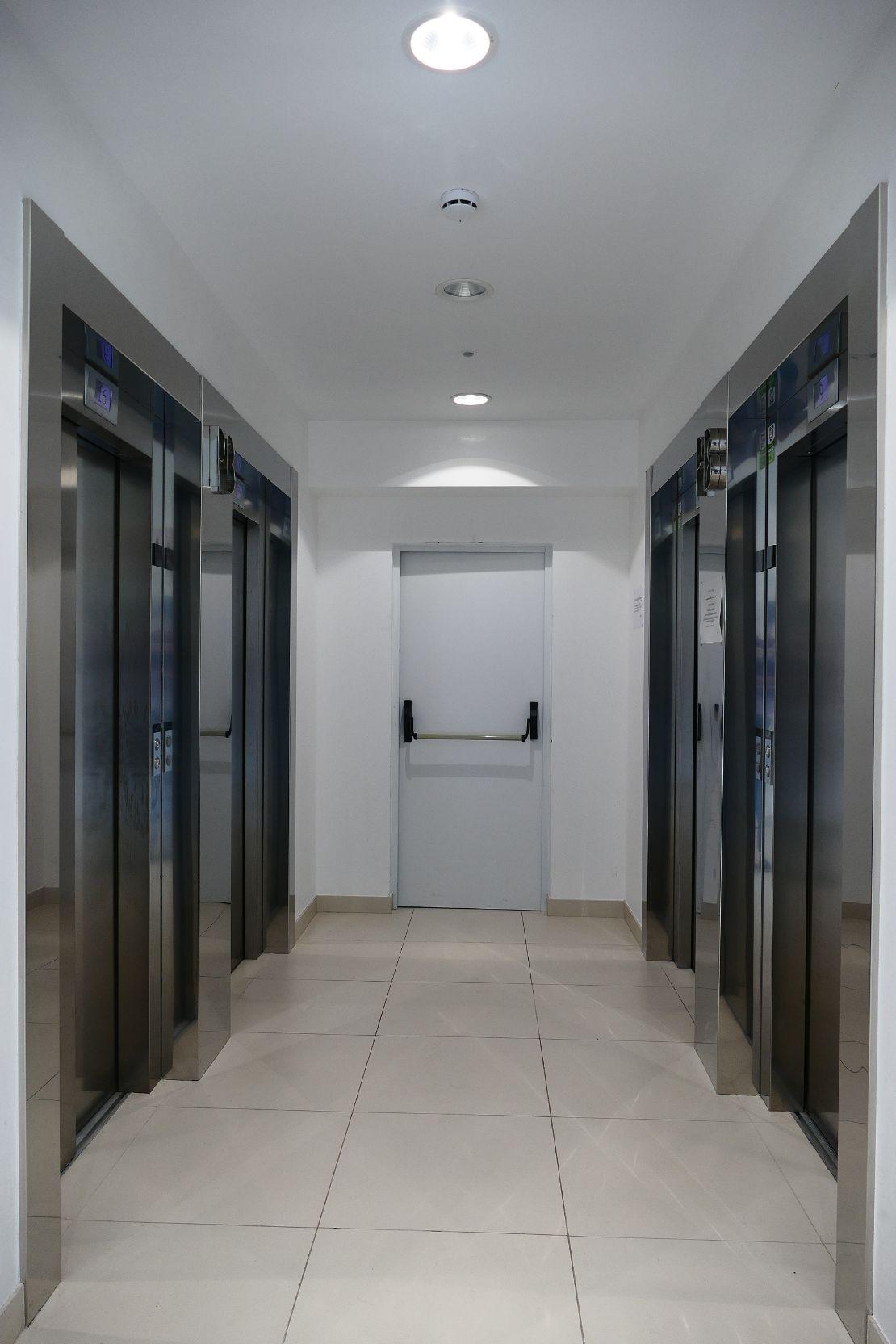 Someso 12 ascensores